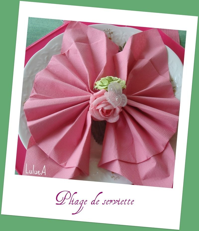 Pliage serviette dans finist serviettes folies papier - Pliage serviette coquillage ...